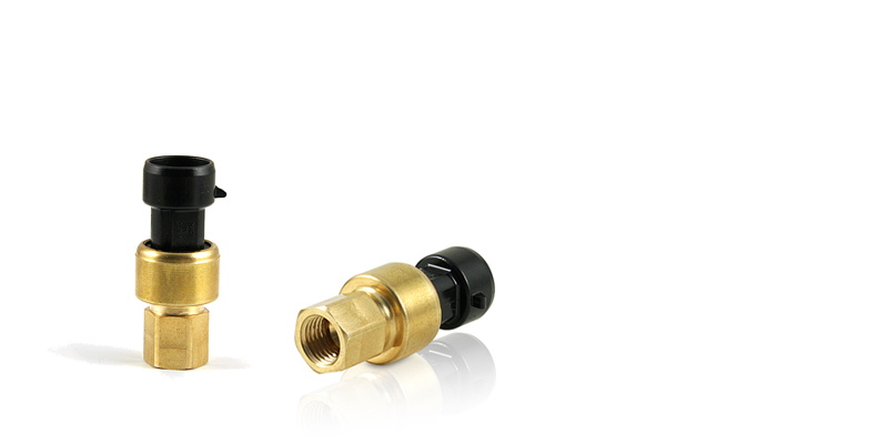 The CAREL P series ratiometric pressure sensor with 0.5-4.5V output, designed for use in industrial applications in the HVAC/R market